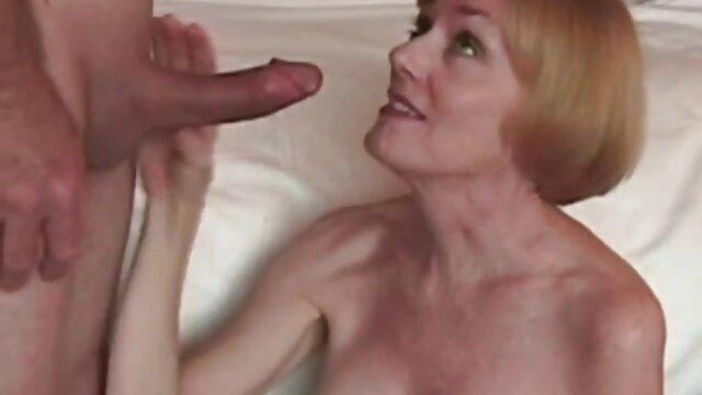 एक जवान लड़की एक पक्षी के साथ एक आदमी ने टक्कर मार दी विदेशी सेक्सी वीडियो फुल मूवी थी