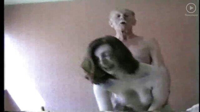 एक महान सेक्स की मालिश भोजपुरी सेक्सी फुल मूवी के लिए युवा लड़की