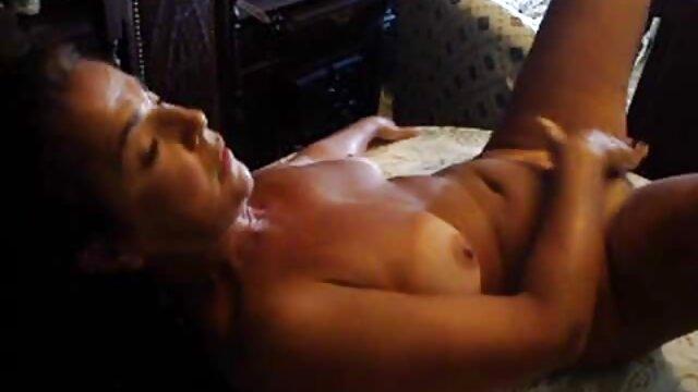 बड़े स्तन 1 नेपाली सेक्सी मूवी फुल के साथ गोरा