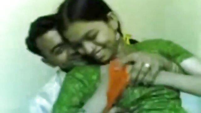 युवा फूहड़ हिंदी सेक्सी फुल मूवी वीडियो जंगली और पिछवाड़े में क्रूर है